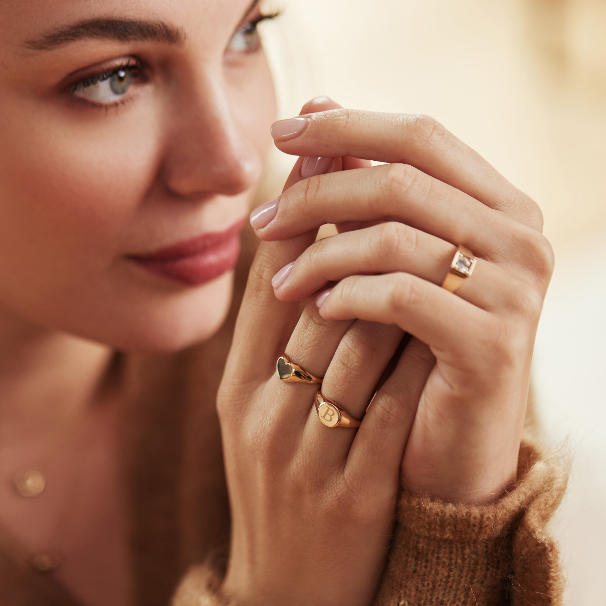 Isabel Bernard La Concorde Lauren 14 karat rose guld initial signet ring (58)
