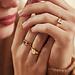 Isabel Bernard La Concorde Lauren 14 karaat rosé gouden initial zegelring met letter (56)