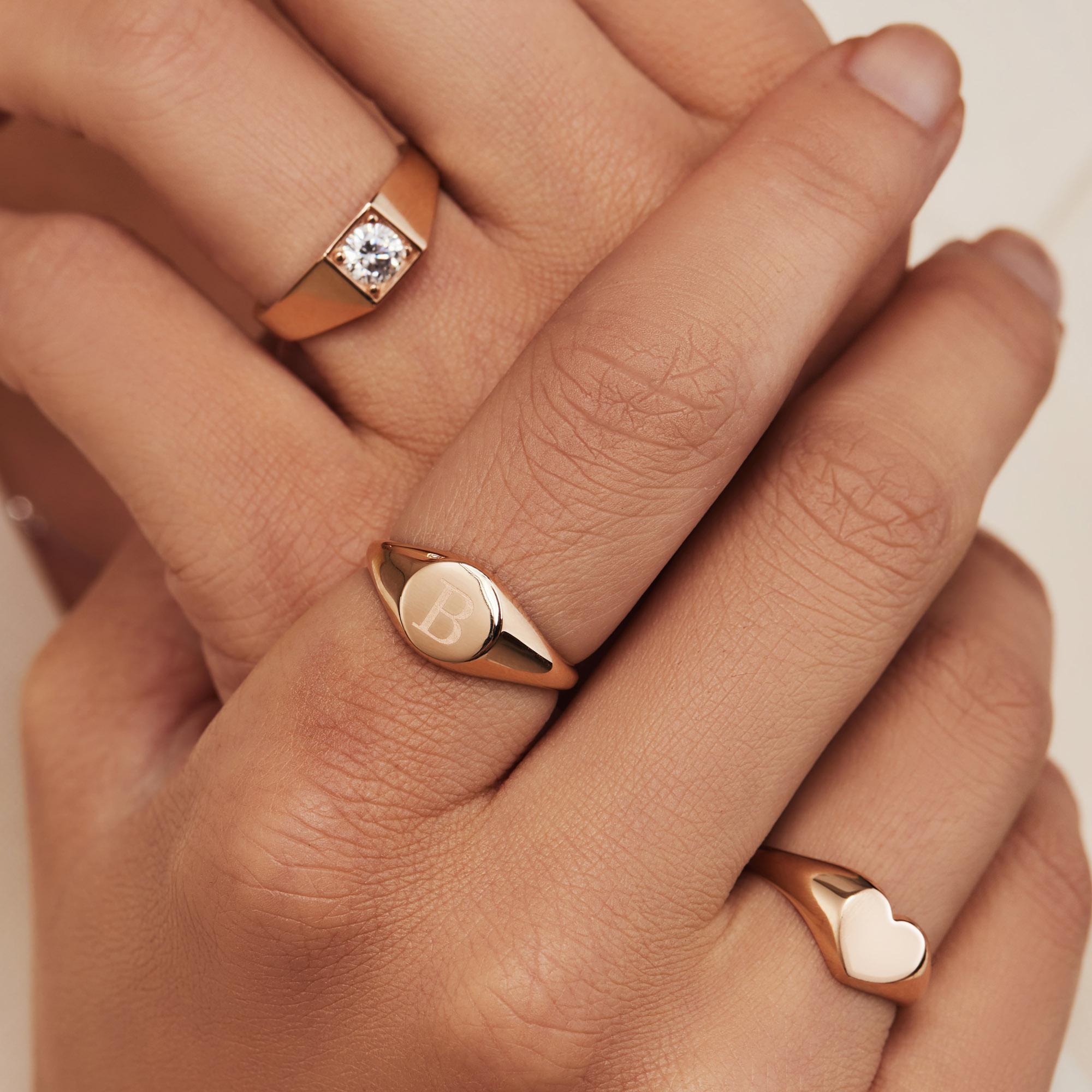 Isabel Bernard La Concorde Lauren 14 karat rose gold initial signet ring with letter (50)