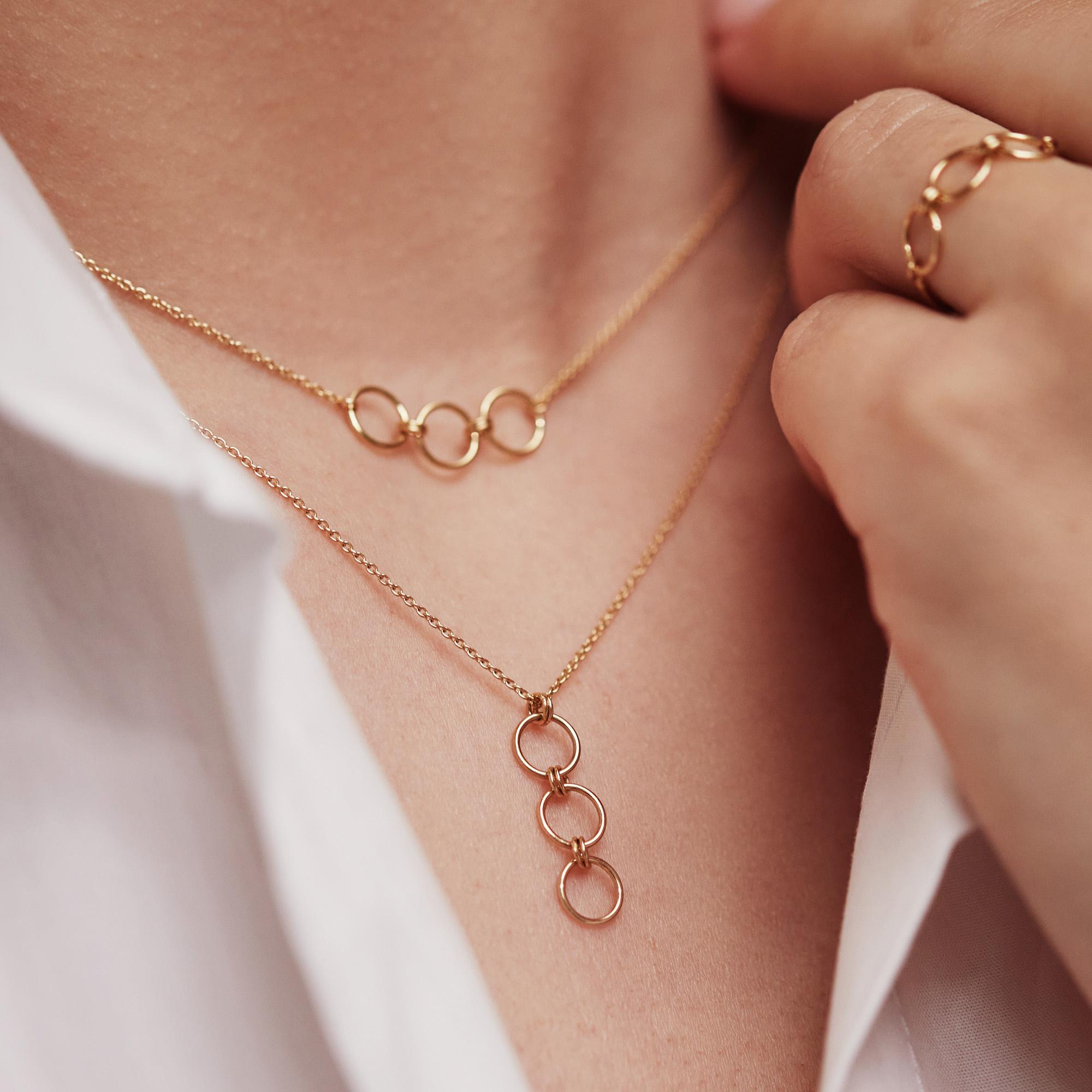 Isabel Bernard Belleville Anna 14 karat gold necklace