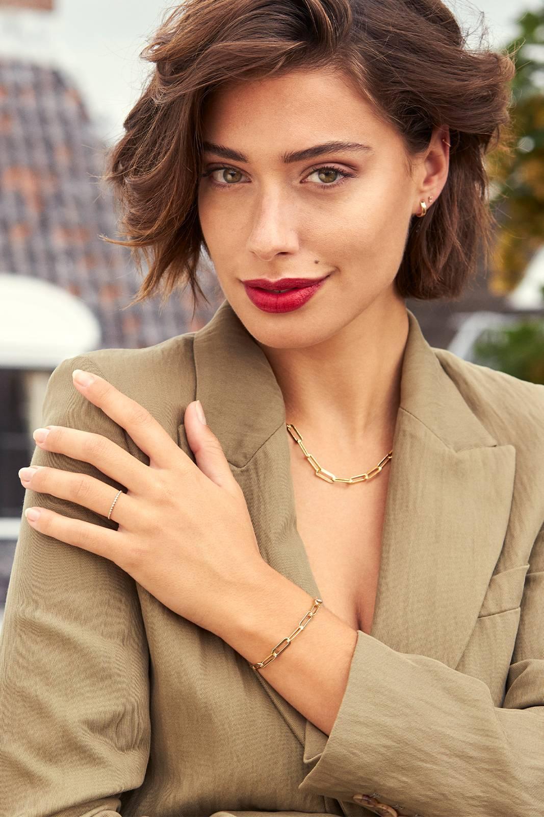 Isabel Bernard - Guld- og sølvsmykker til kvinder