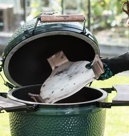 Big Green Egg i.c.m. Big Green Egg verhuur: ConvEGGtor