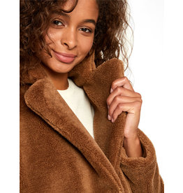 Vero Moda V. W19 HOLLY TEDDY TOBACCO