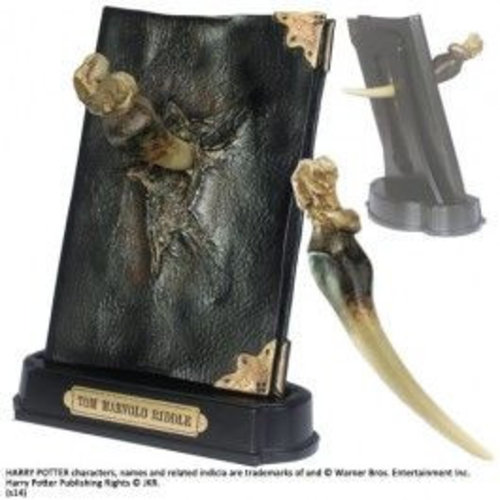 The Noble Collection Harry Potter Basilisk Fang and Tom Riddle Diary Noble Collection