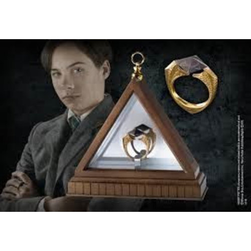 Harry Potter The Horcrux Ring Noble Collection