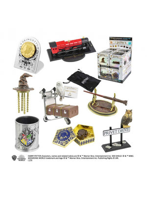 The Noble Collection Harry Potter Deluxe Mystery Cube Journey to Hogwarts Noble Collection