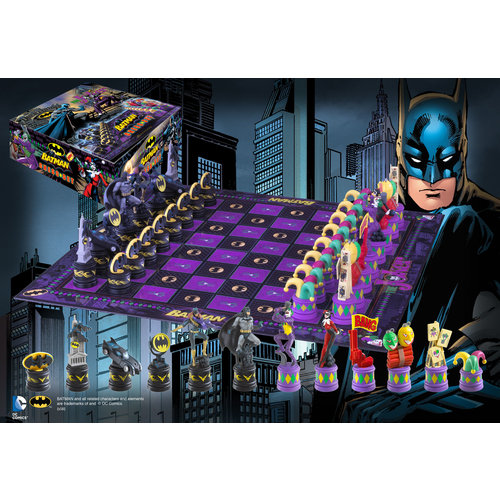 The Noble Collection DC Comics Batman Chess Set Batman vs Joker