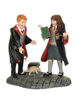 Wizarding World Harry Potter Wingardium Leviosa! Figurine Wizarding World