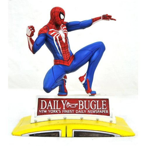 Marvel Spider-Man on Taxi Diorama 23cm Gallery Diorama