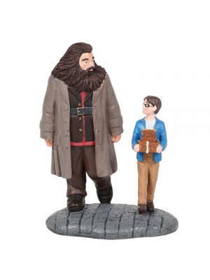 Harry Potter Wizarding World Basic Wizard Supplies (Harry Potter and Hagrid Figurine)