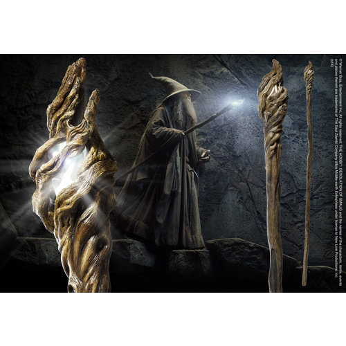 Lord of the Rings Illuminating Staff Gandalf 185cm Noble Collection