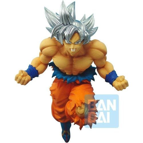 Dragon Ball Super Son Goku Ultra Instinct Battle Figure 16cm