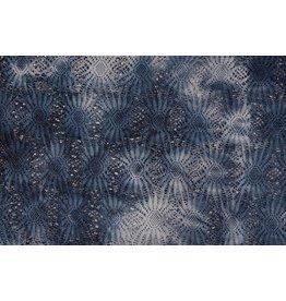 Laceia Spitze