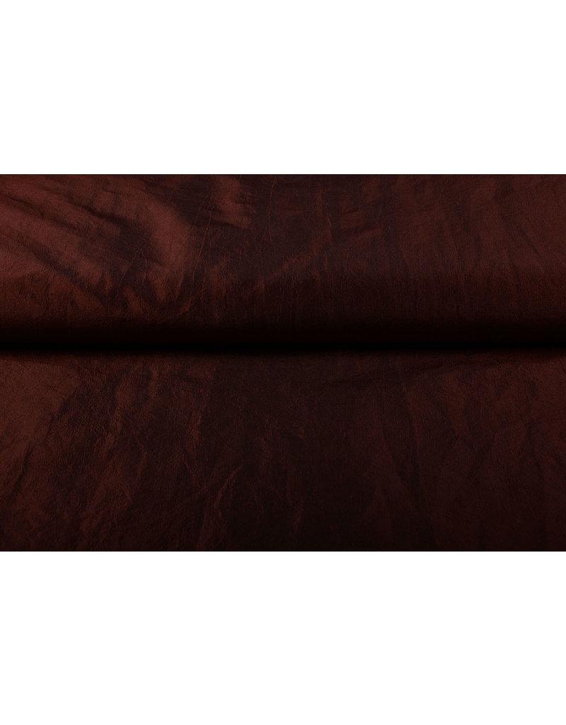 Crinkle Taft Bordeaux