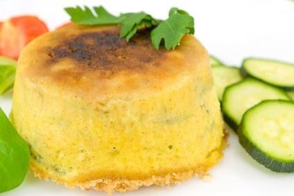 Omelet cakeje & witte kool salade