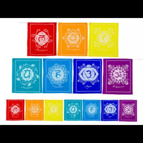 7 Chakravlaggen aan koord