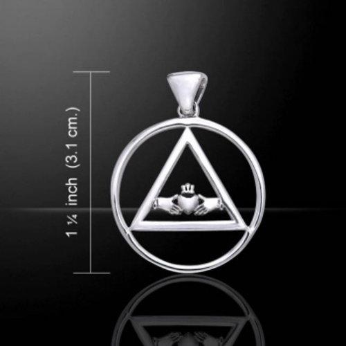 Claddagh in driehoek en cirkel