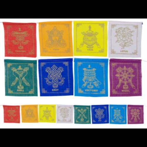 8 voorspoedsymbolen vlaggen aan koord