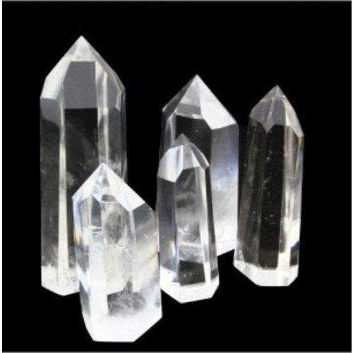 Edelsteen punt bergkristal 40-45 gram