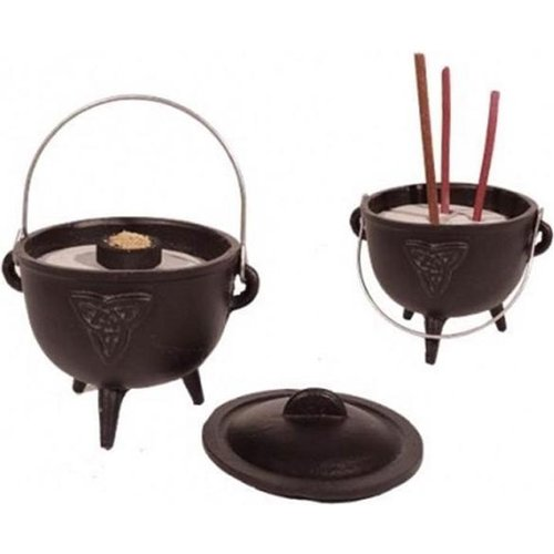 Cauldron (heksenketel) Triquetra symbool