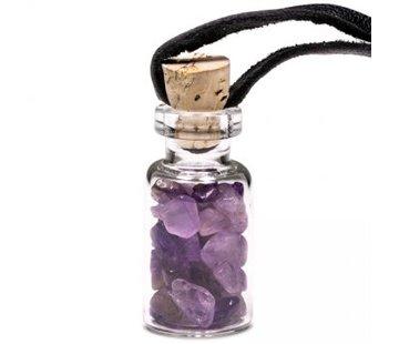 Flesje met Amethist steentjes aan koord