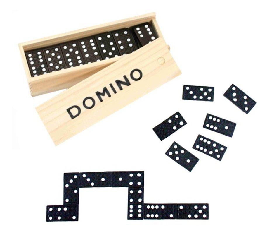 Domino blokjes in houten doos
