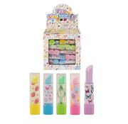 Lipstick gum