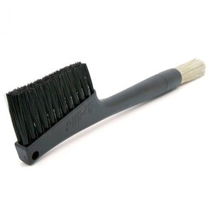 Pallo Pallo Grindminder combination brush