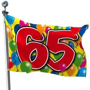 Gevelvlag bedrukt met ballonnen 65 jaar