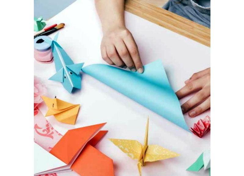 Papierwaren om mee te knutselen