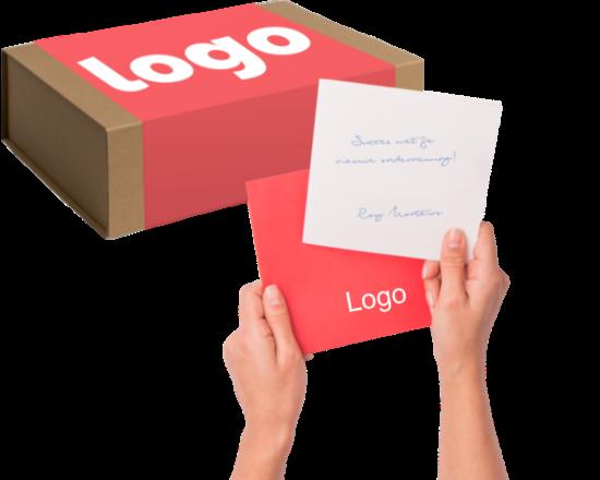 Verstuur jouw attentie met een verpakking en kaartje in je eigen huisstijl.