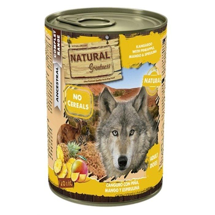 Natural greatness kangaroo / pineapple
