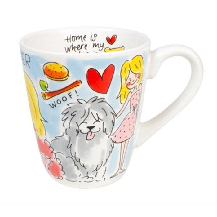 Blond mok dog lover