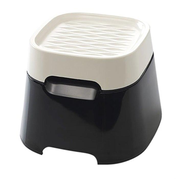 Savic ergo cube voerbak creme / zwart