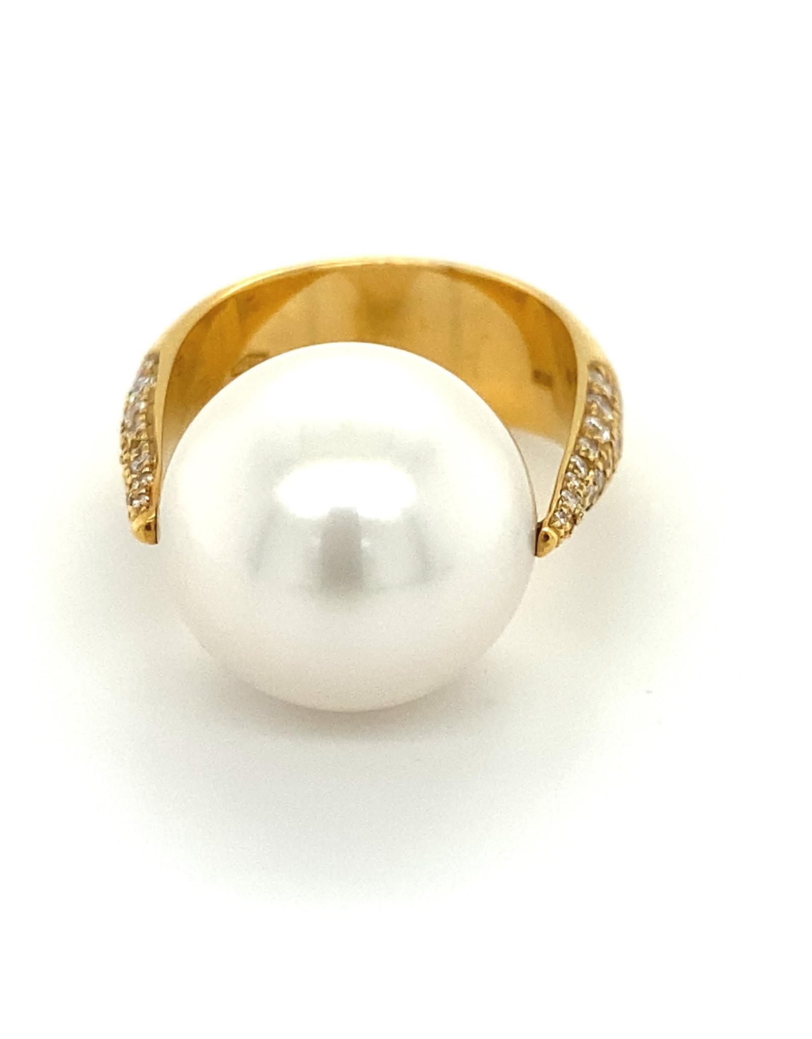 Ring geel goud diamant en zuidzeeparel