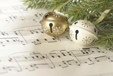 De ultieme kerstplaylist voor de productieve werkdag