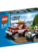 LEGO LEGO 4437 Pickup bordeaux + politie quad CITY