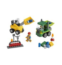 LEGO 5930 Construction Building Site CREATOR