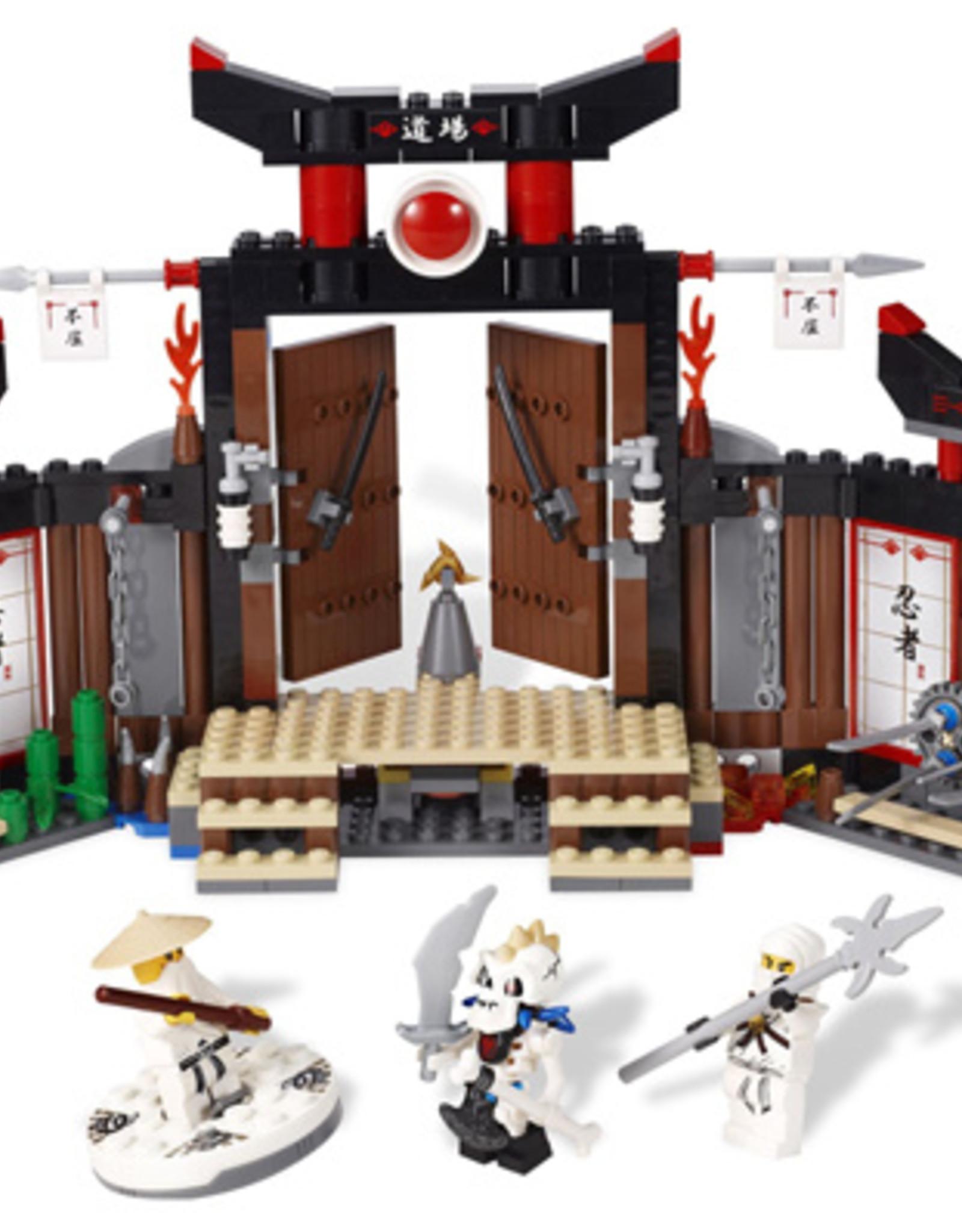 LEGO LEGO 2504 Spinjitzu Dojo NINJAGO