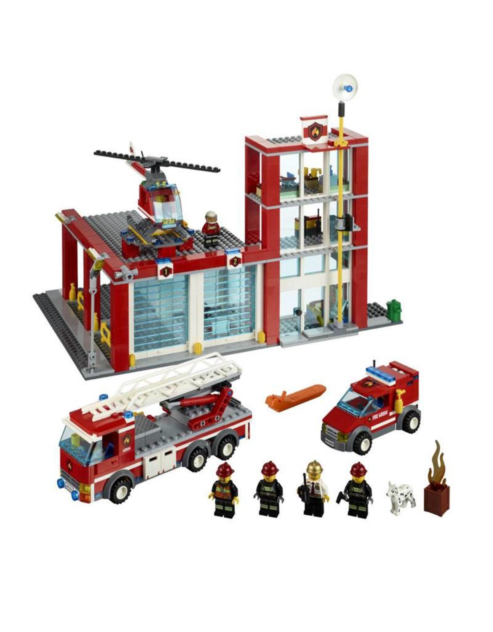 LEGO LEGO 60004 Brandweer kazerne + 2 auto's + helicopter CITY