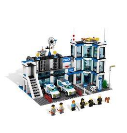 LEGO 7498 Politiebureau groot CITY