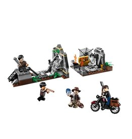 LEGO 7196 Kingdom of the crystal skull - Chaucilla Cemetery Battle INDIANA JONES
