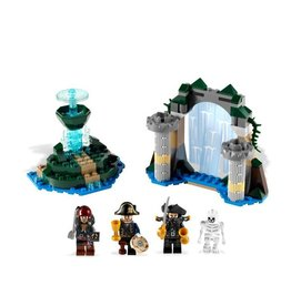 LEGO 4192 Fountain of Youth PIRATES OF THE CARIBBEAN