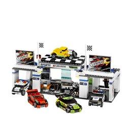 LEGO 8681 Tuner Garage RACERS