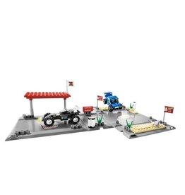 LEGO 8126 Desert Challenge RACERS