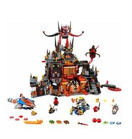 LEGO 70323 Jestro's Volcano Lair NEXO KNIGHTS