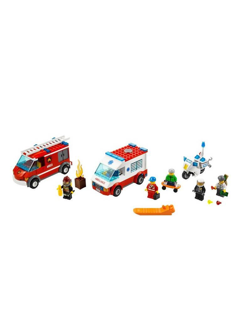 LEGO LEGO 60023 Brandweer + politie + ambulance + skaters CITY