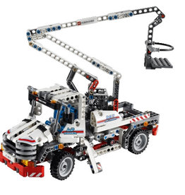 LEGO 8071 Bucket Truck TECHNIC