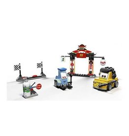 LEGO 8206 Tokyo Pitstop CARS