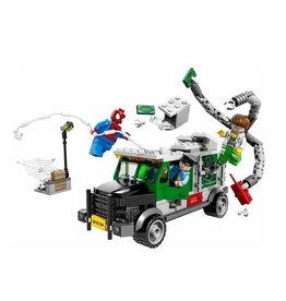 LEGO 76015 Doc Ock Truck Heist SUPER HEROES